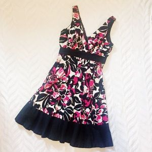 Nine West Floral Dress Black Pink Mid Length 6